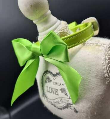 Tina collar green 25cm