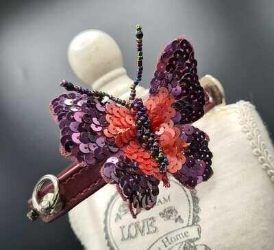 Butterfly collar 35cm
