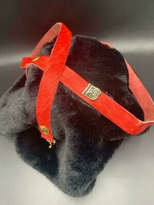 Furry Red Leiband - Stock