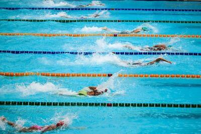 1,5 Stunden Bahnenschwimmen