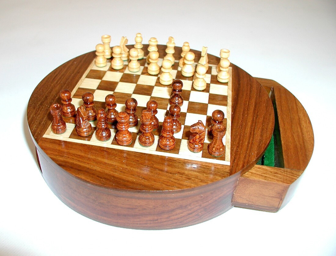 "Chess Set Wood 6"" Round Magnetic with Drawers"