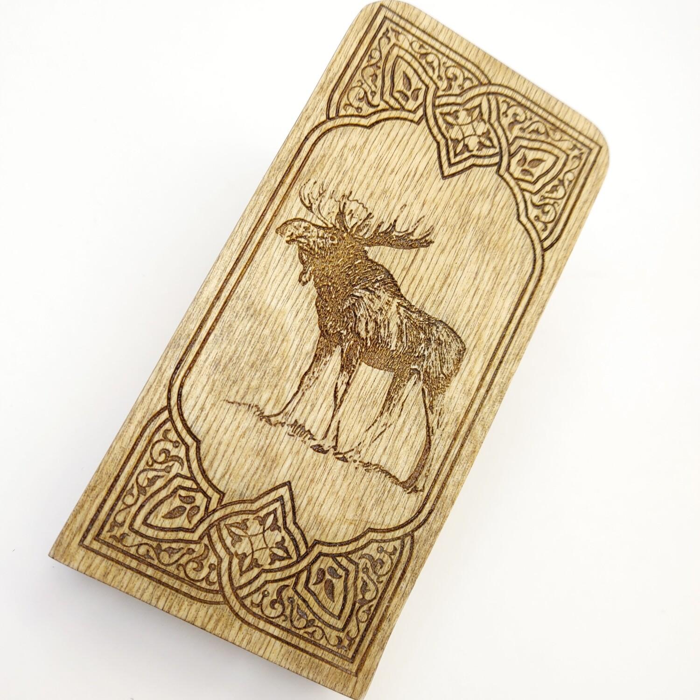 Engraved Travel Cribbage Board: 2 Track Moose: Oak