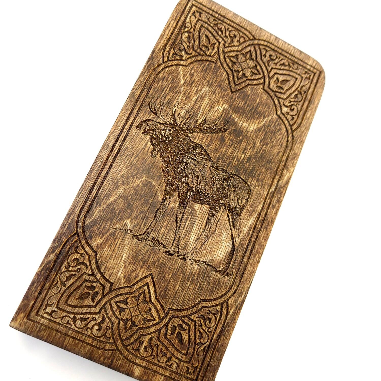 Engraved Travel Cribbage Board: 2 Track Moose: Mahogany