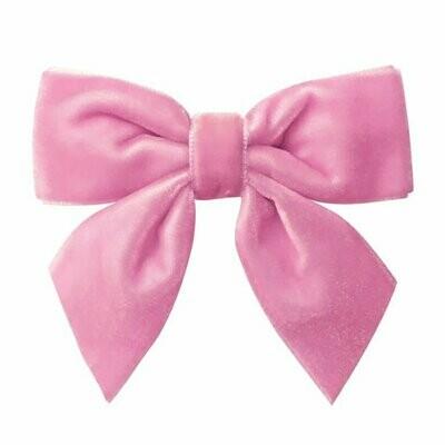 Roze fluwelen haarstrikje