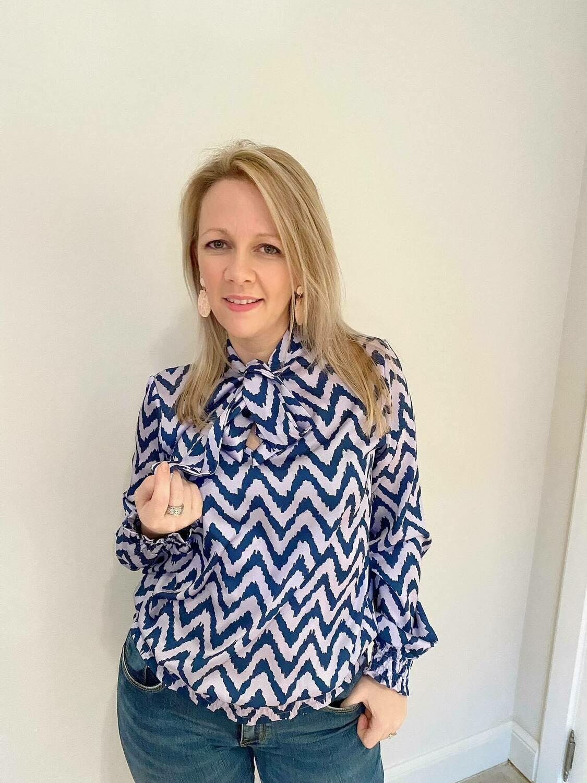 Lila black striped blouse