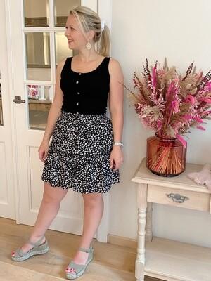 Black/white daisy skirt