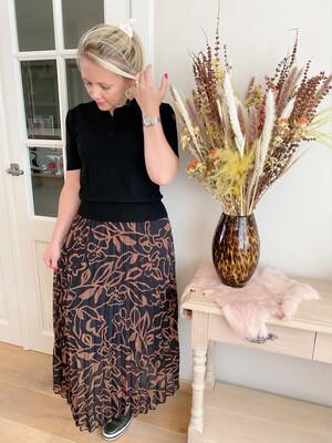 Hailey camel flower skirt