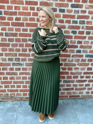 Khaki trendy skirt