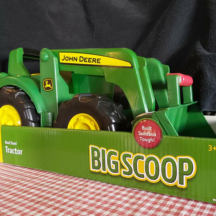 John Deere Big Scoop