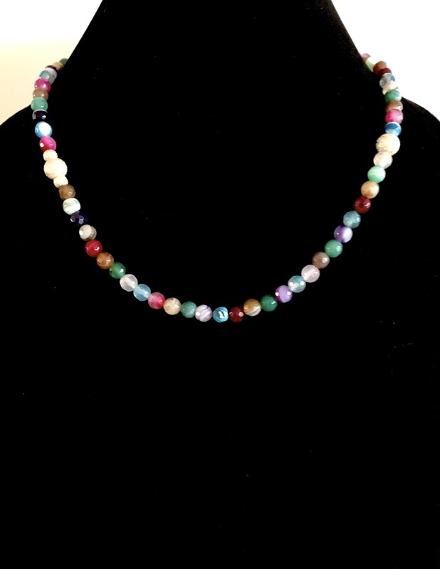 Agate and faceted beads necklace