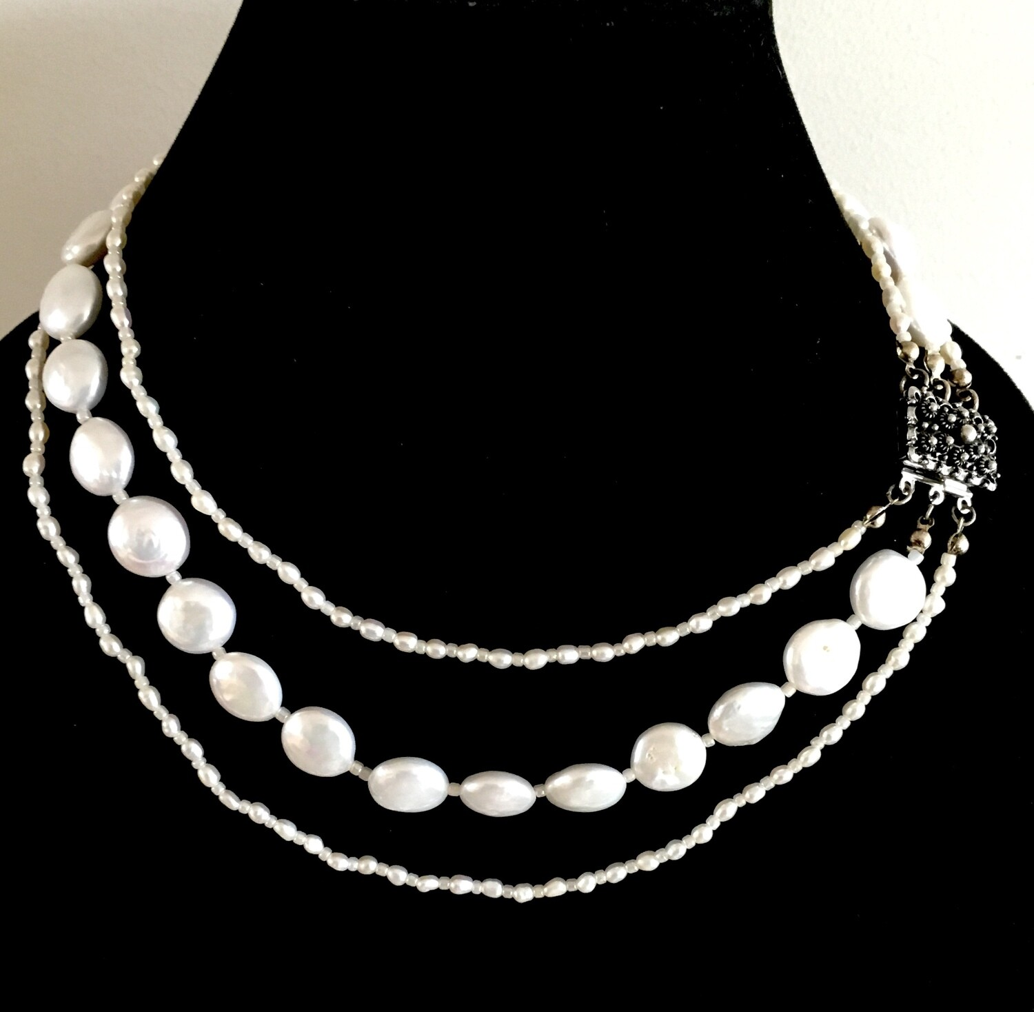 3 strands cultured Pearl necklace ( with silver lock)