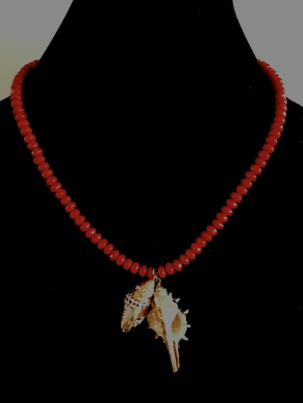 Red glass bead necklace ( with gold plated shells pendant)