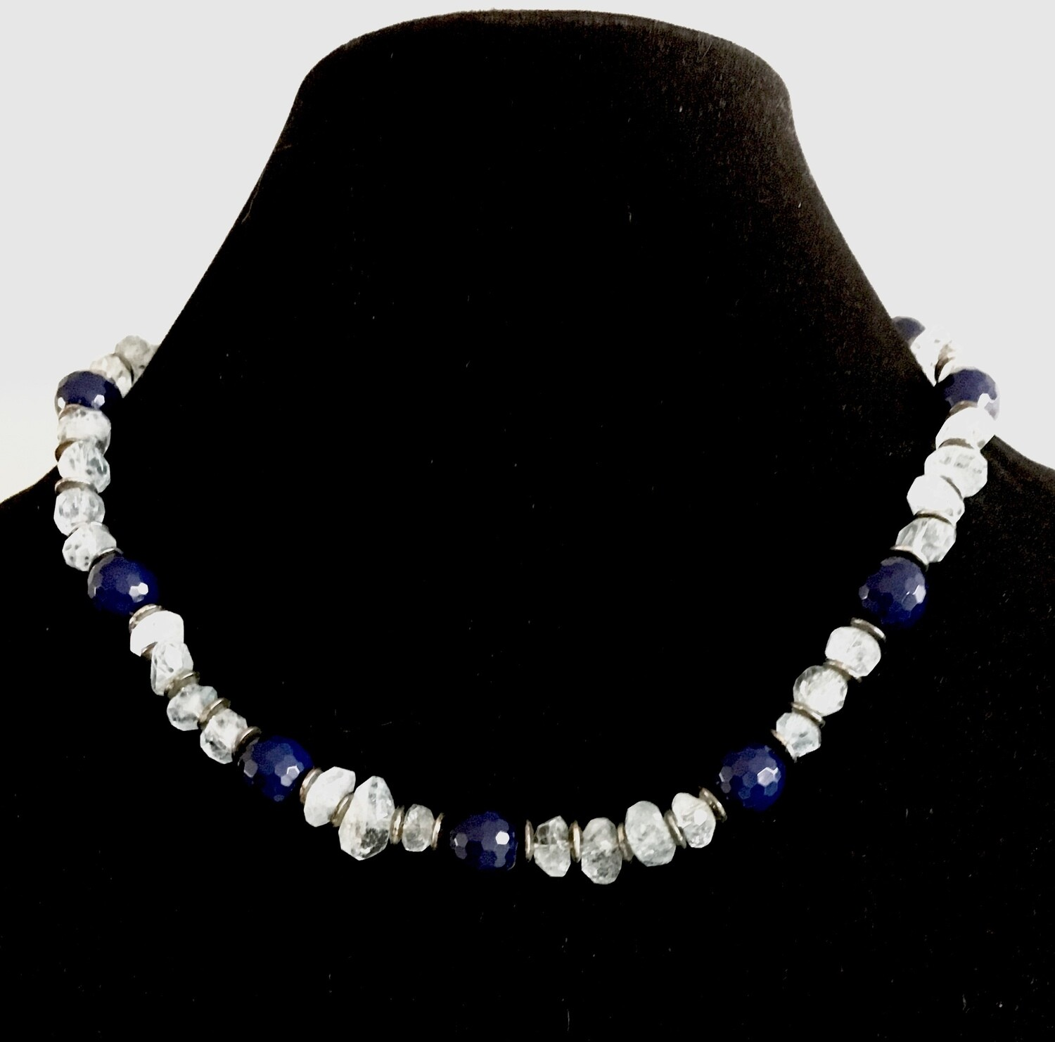 White and blue faceted beads necklace
