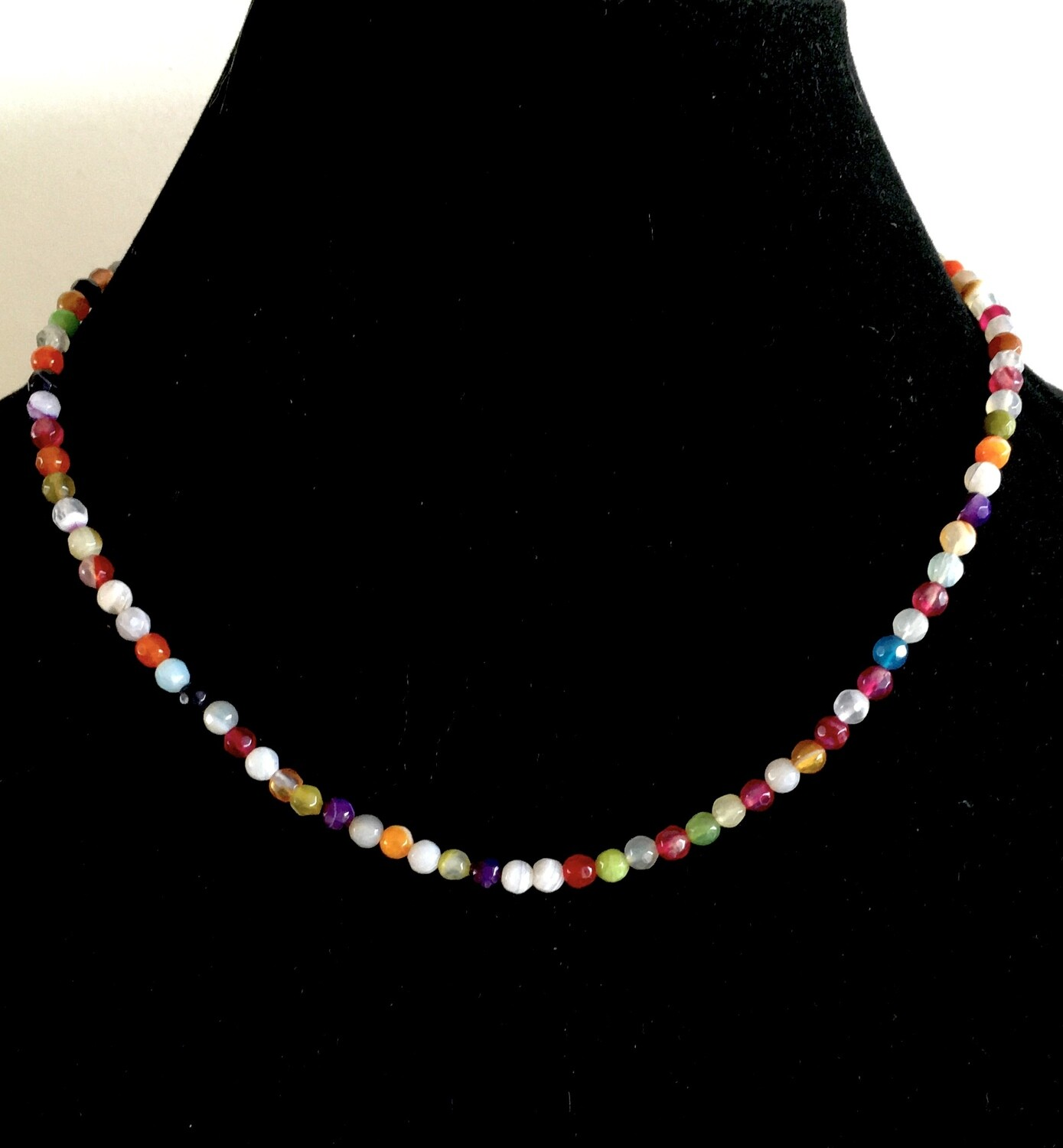 Multi-coloured agate and glass bead necklace