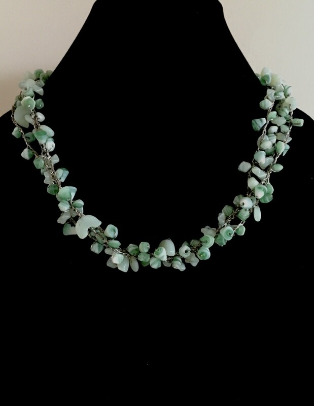 Woven Green chip agate beads necklace ( with silver plated wire)