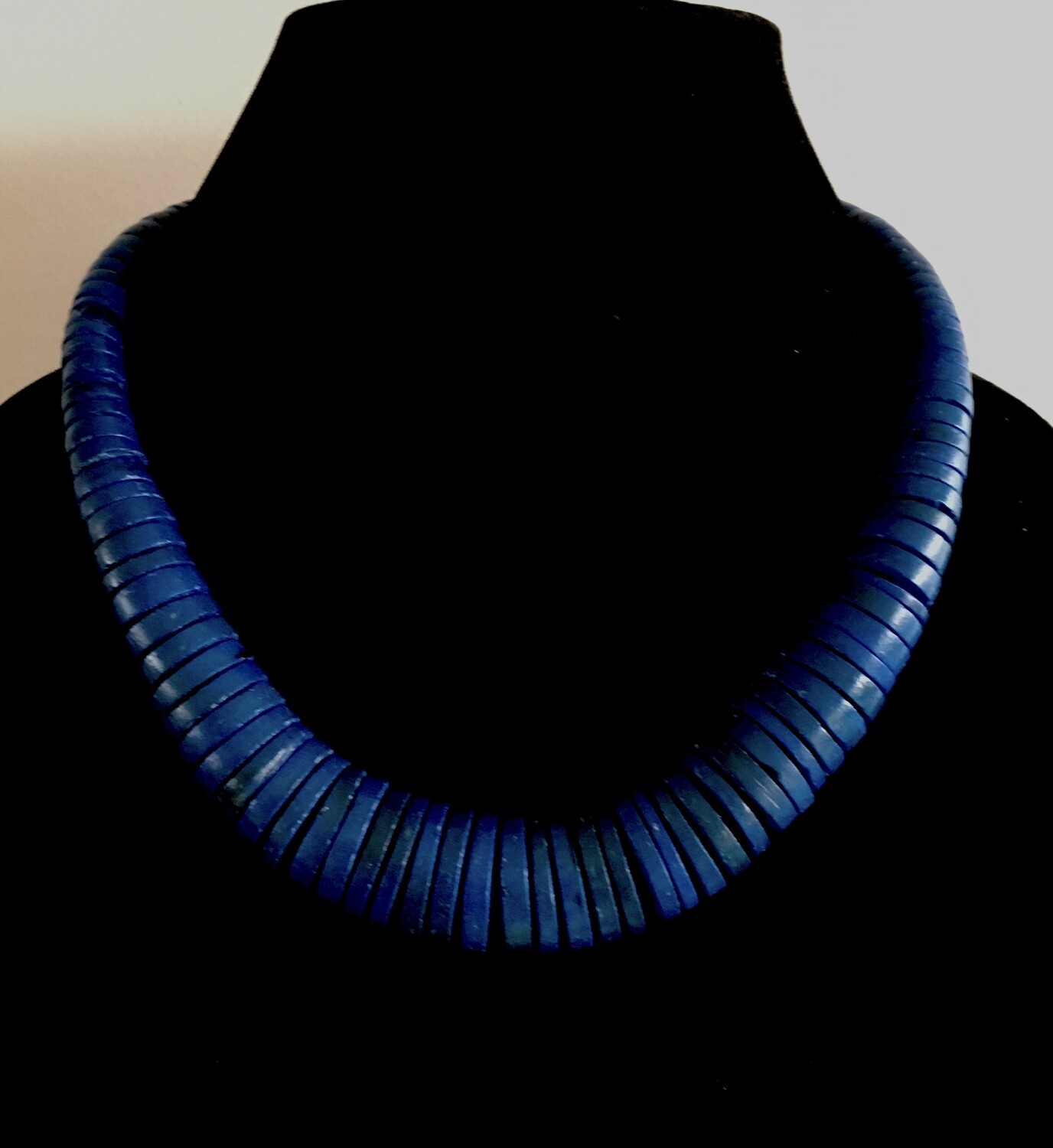 Lapis blue flat wood beads necklace