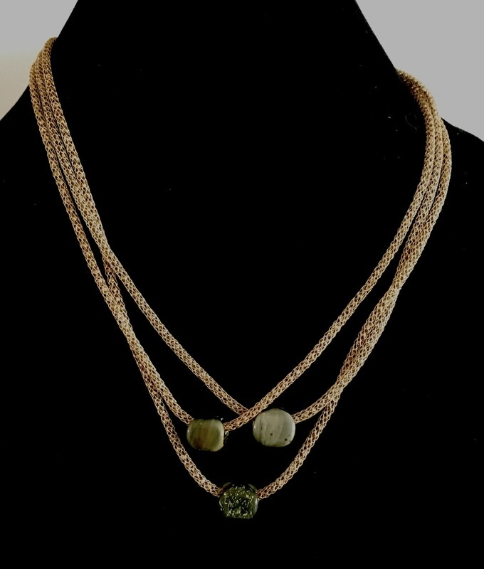 3 strands gold cord necklace (with  agate beads pendant)