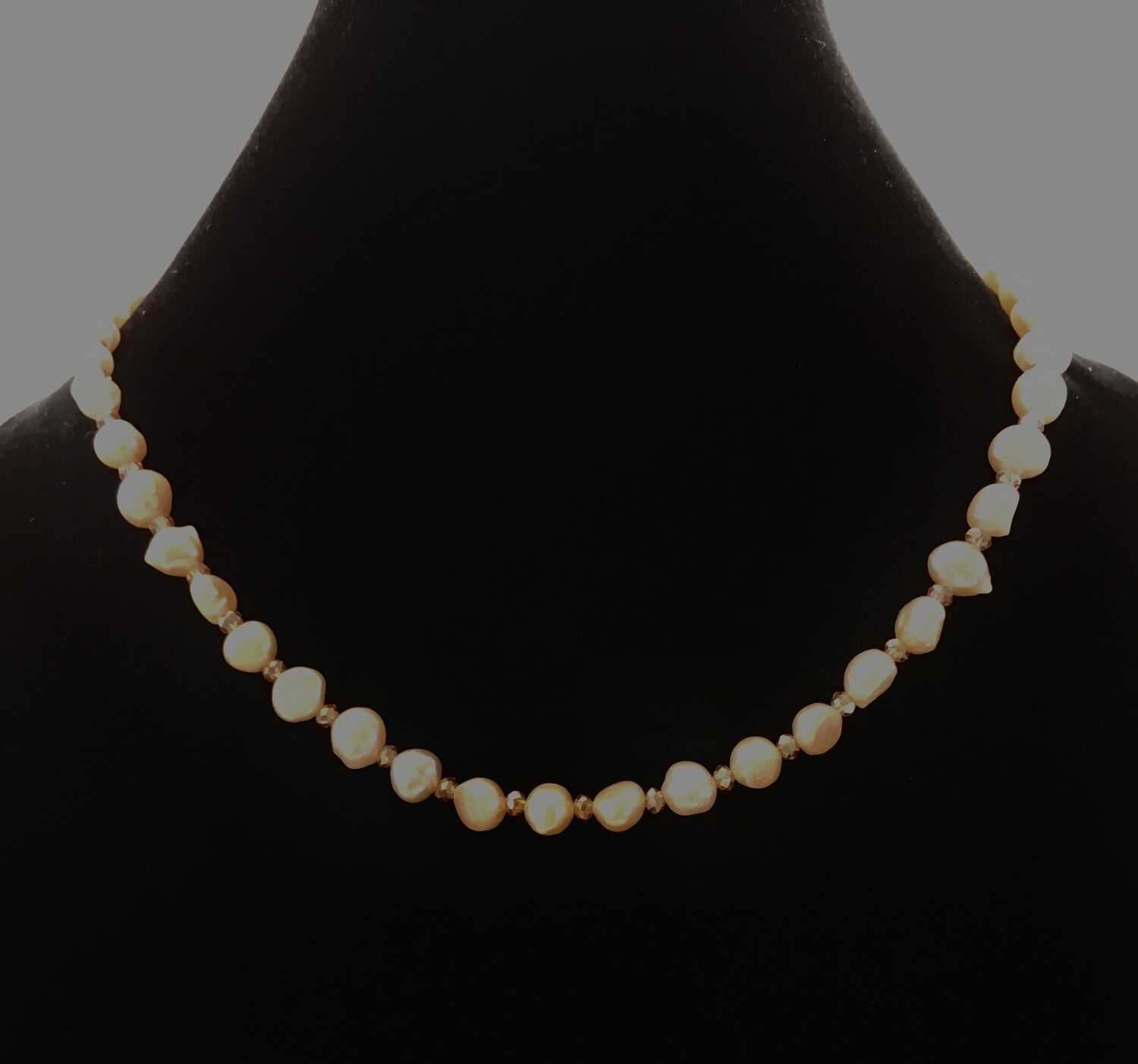 Pearl necklace with Swarovski crystal spacers