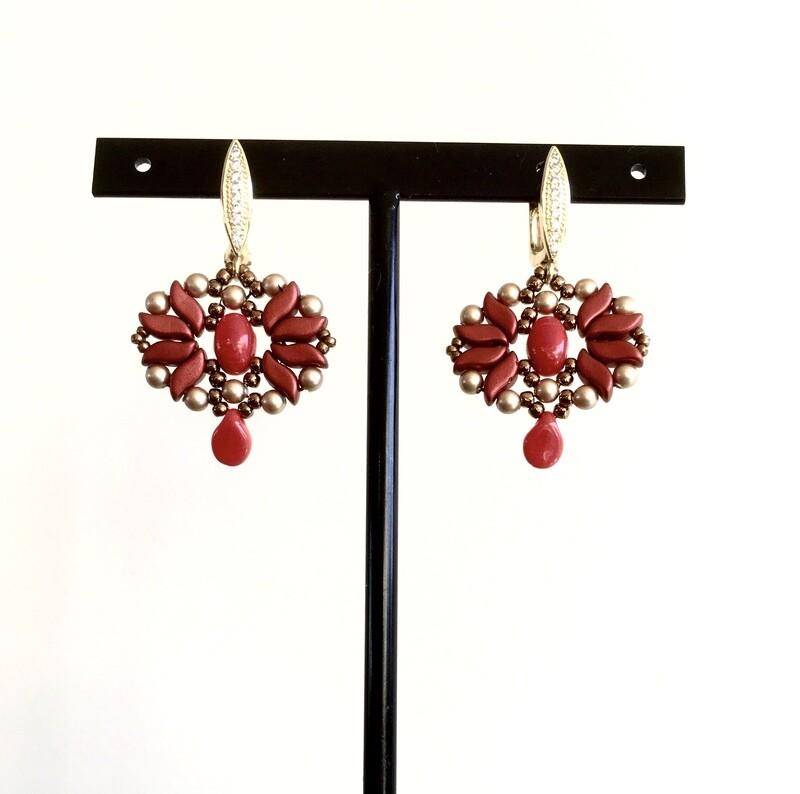 Crimson star earrings