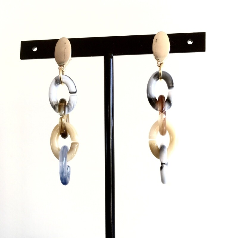 4 link earrings