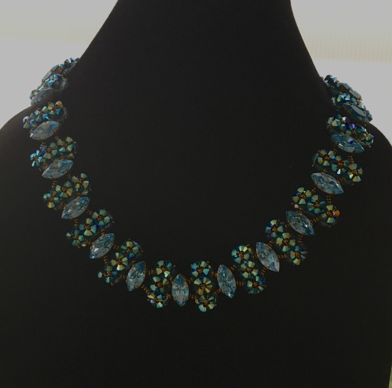 Peacock queen beaded necklace