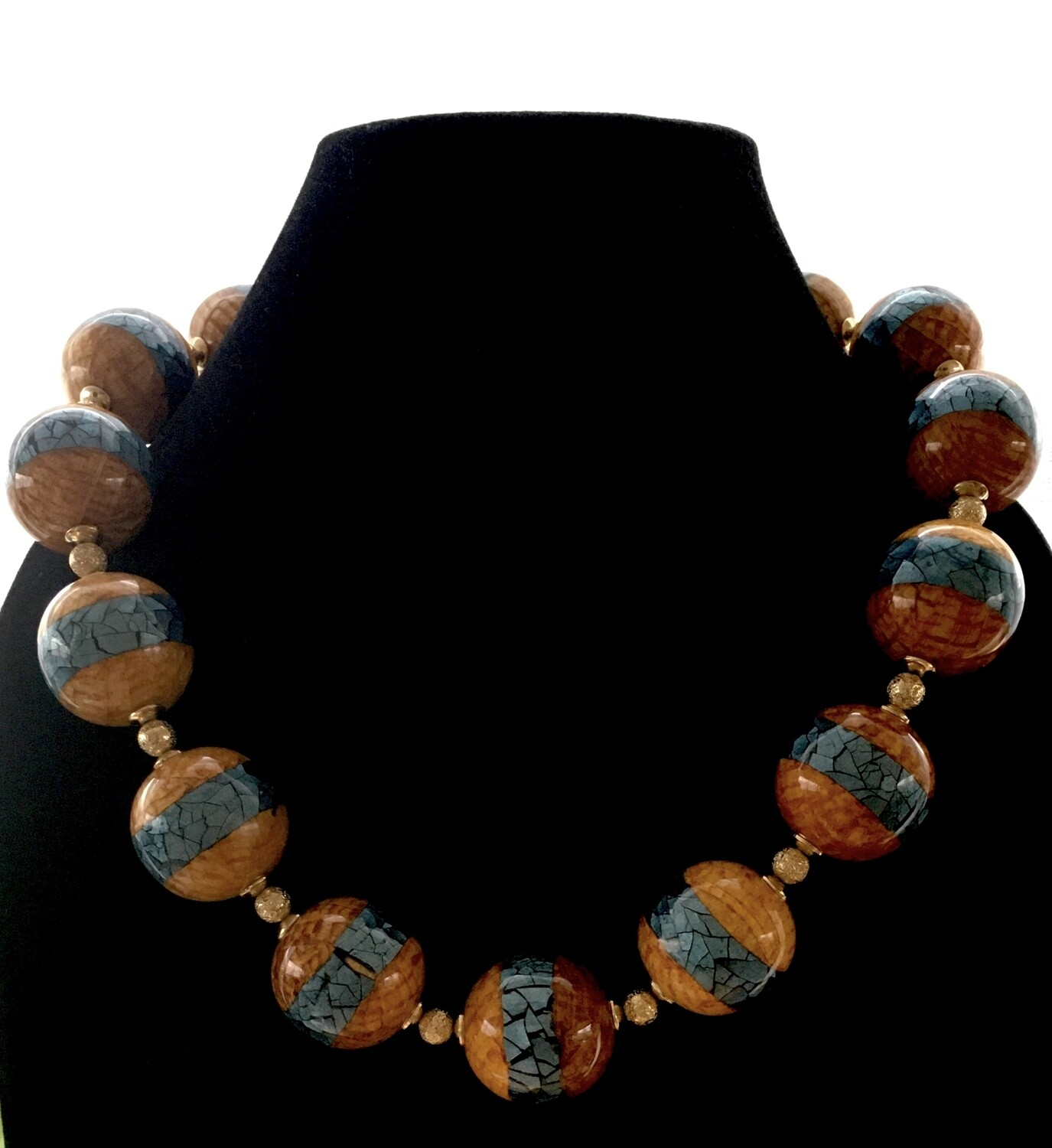 Brown marbled with gray strip balls necklace