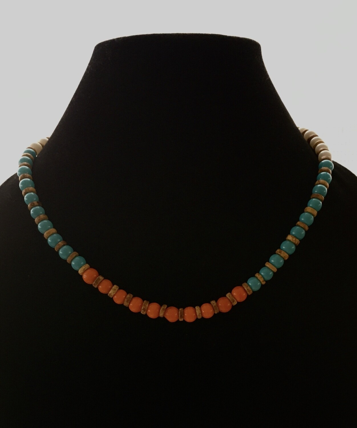 Red,emerald,cream beads necklace