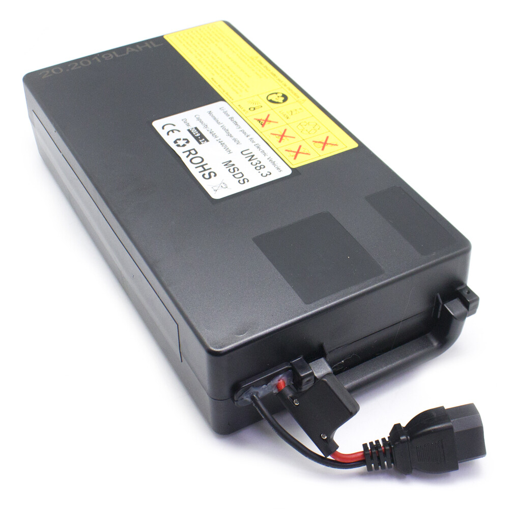 Batterie 60V 24Ah für den Fußraum/for the footwell (Innenbatterie)