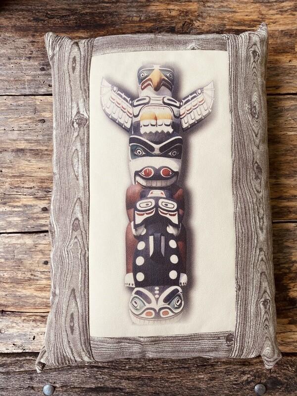 Pillow-Totem Native