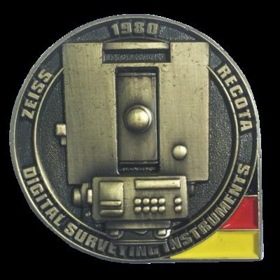 """Pin badge """"Zeiss Recota"""""""