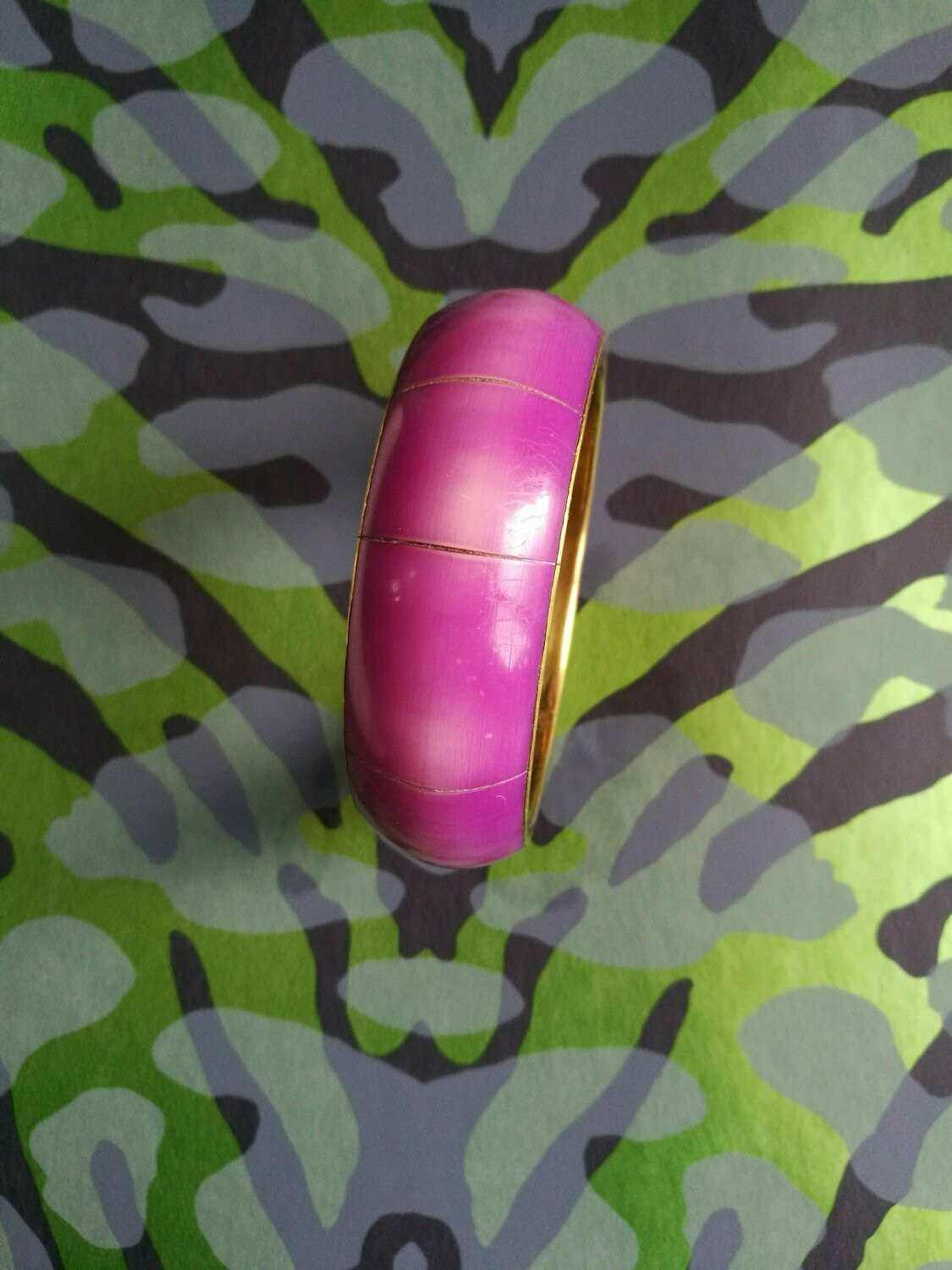 ​70s Purple Bangle