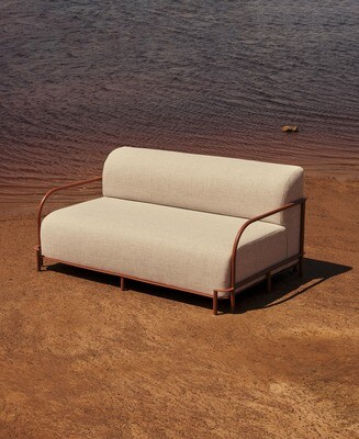 Pumzika Sofa