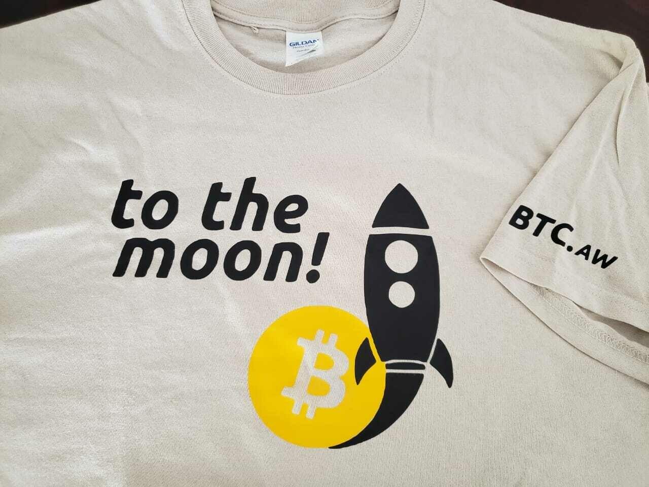 to the moon! - Bitcoin Shirt