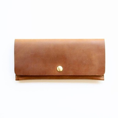 Cali Clutch - Light Brown