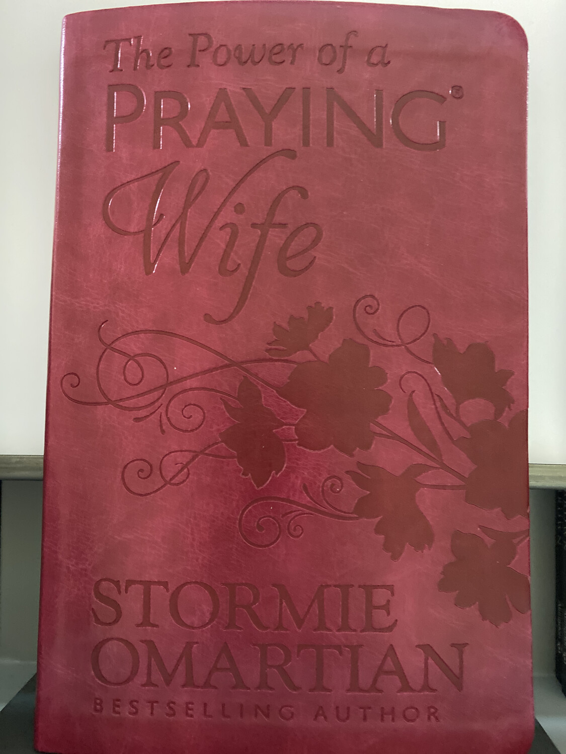 OMARTIAN, The Power Of A Praying Wife - Leatherlike
