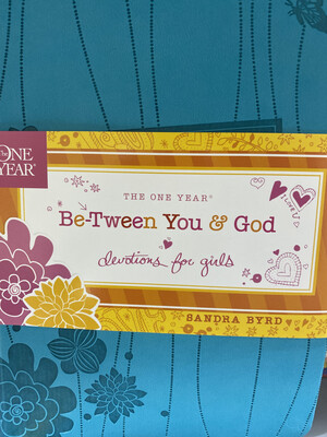 The One Year Be-Tween You & God, Devos For Girls