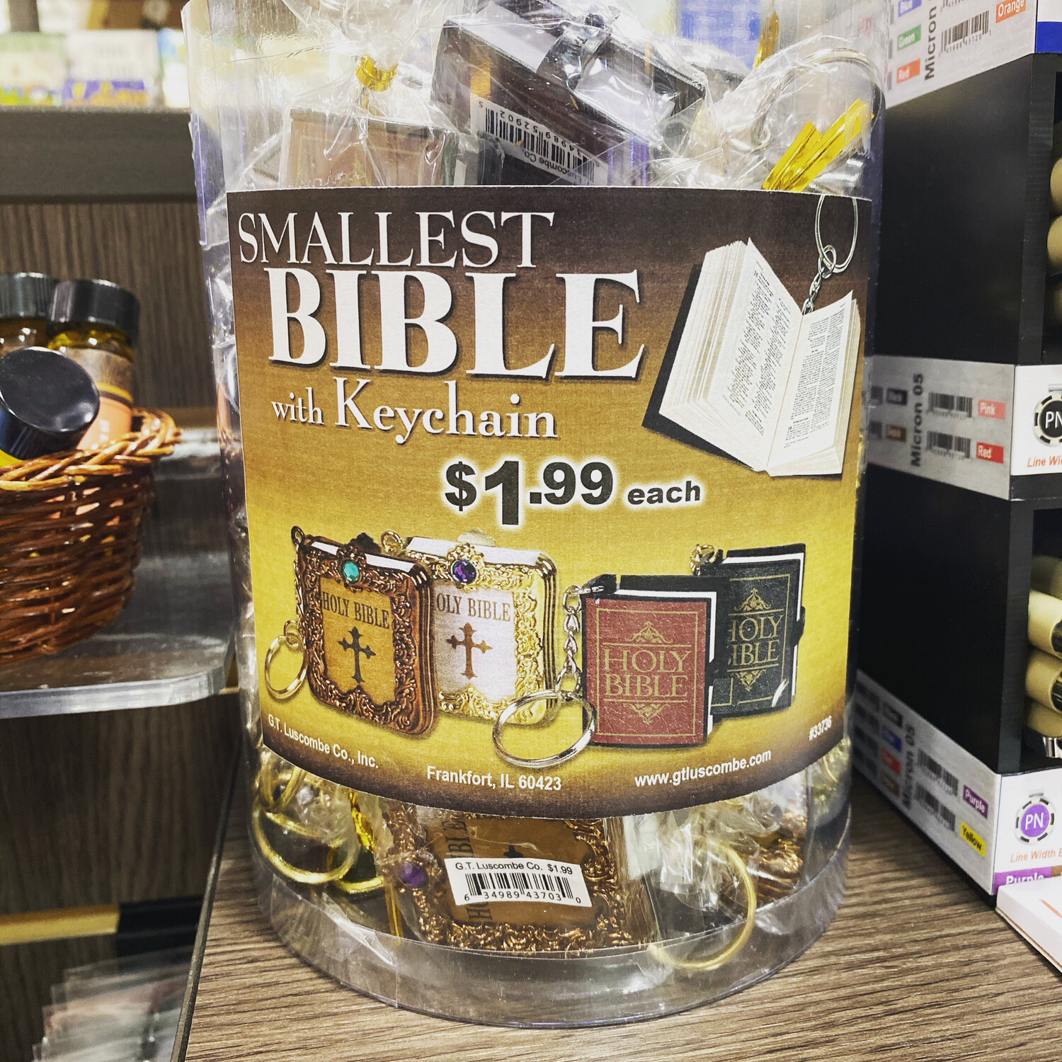 Smallest Bible Keychain, Gold/White