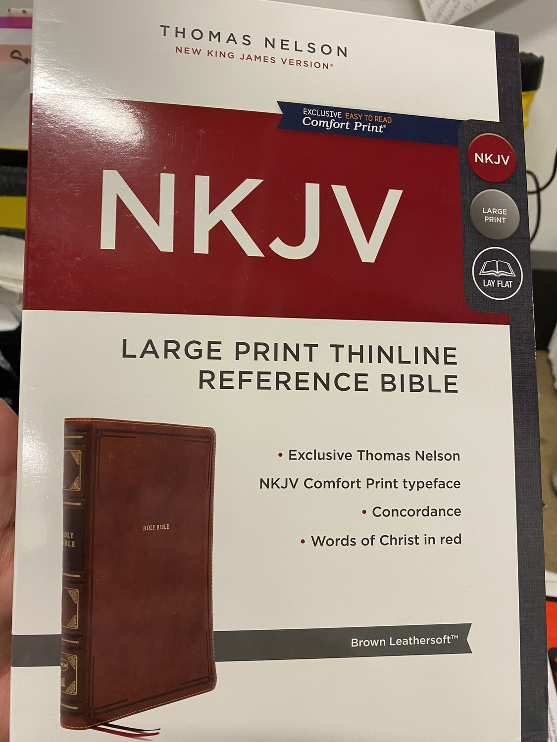 NKJV, Large Print Thinline Reference Bible, Brown Leathersoft