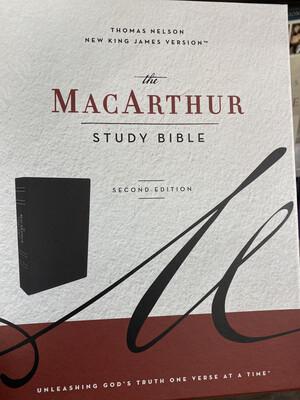 NKJV, Macarthur Study Blble Black Leathersoft