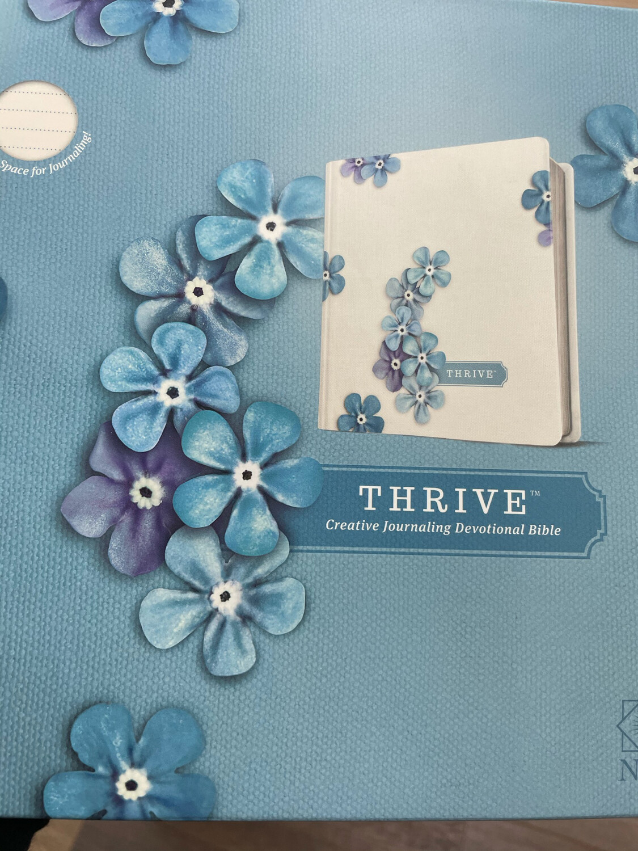 NLT, Thrive Creative Journaling Devotional Bible
