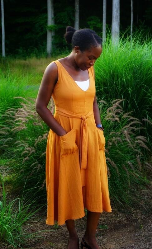 Amber Full Zip Back Midi Dress With Pockets💛