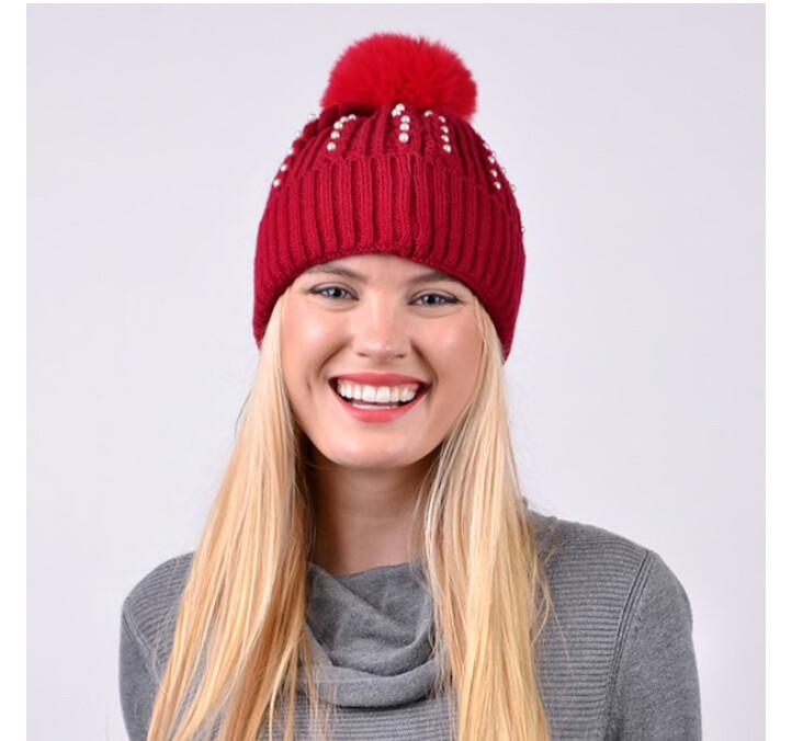 Women's Pom Pom & Pearls Knit Winter Hat