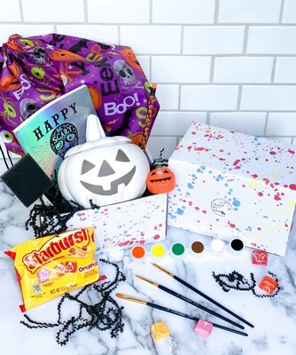 Deluxe Halloween at Home Box
