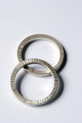 Anneau Strié en argent 925 largeur 2 mm