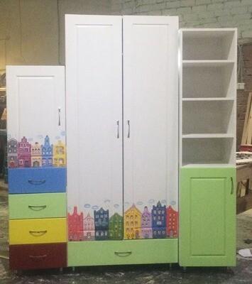 Детский набор мебели