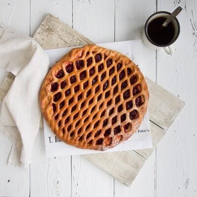 Пирог с вишнёвой начинкой