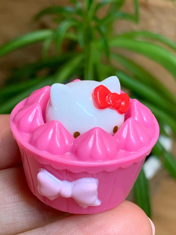 Sanrio Hello Kitty Miniature Squishy Figure
