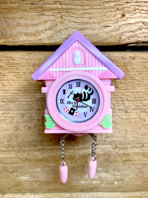 J. Dream Alice in Wonderland Miniature Clock