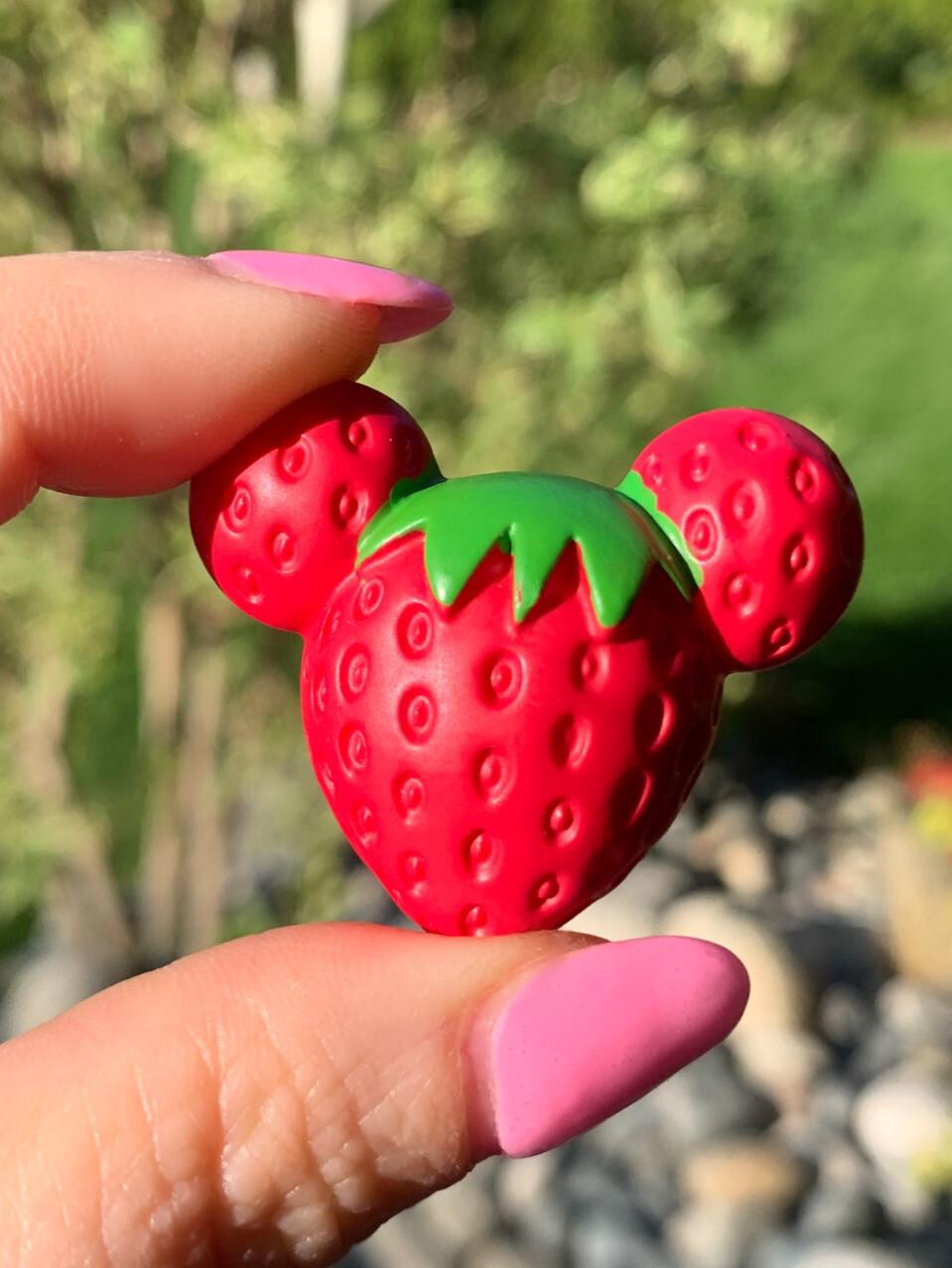 Disney Micky Mouse Strawberry Miniature