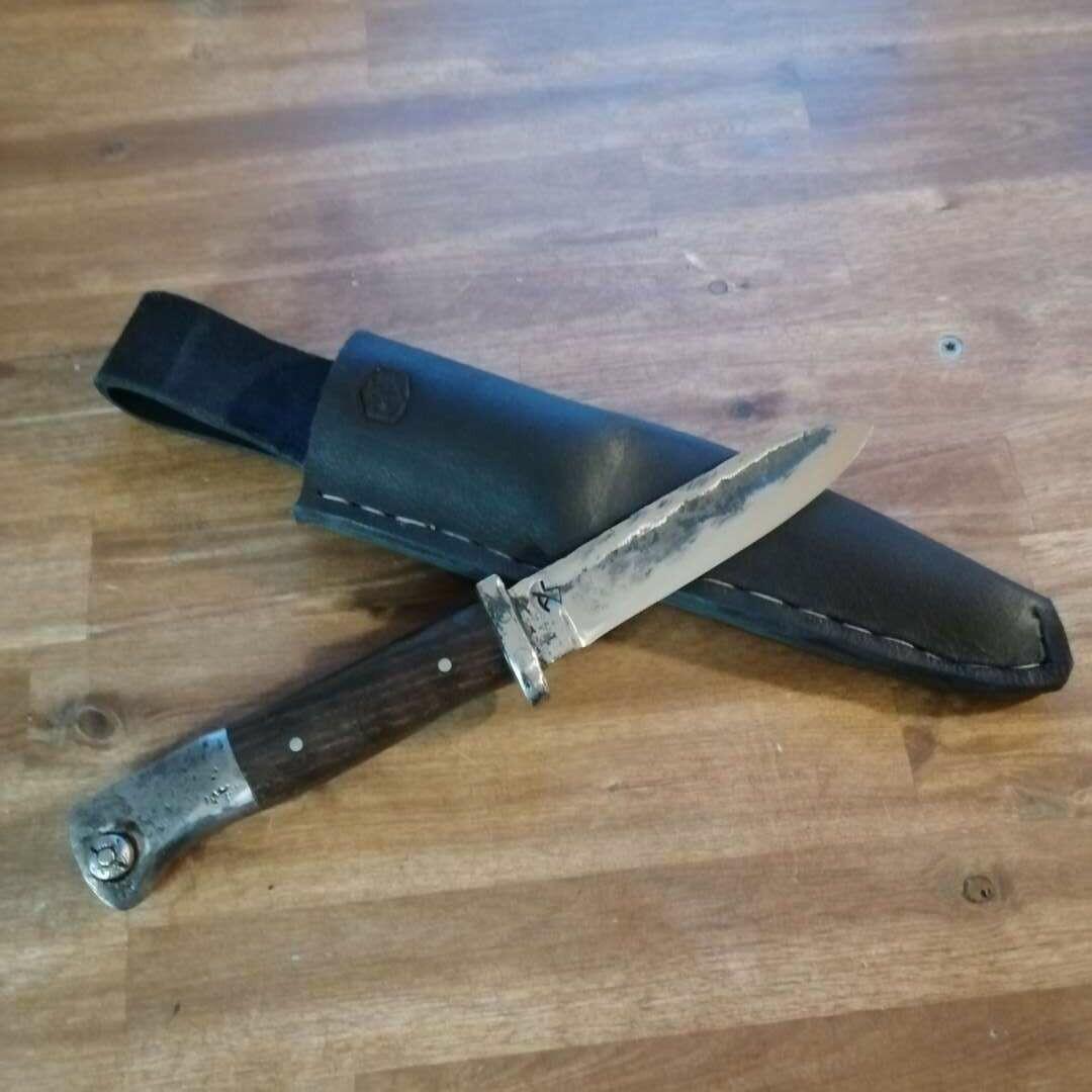 Wunschmesser aus Bajonett:  Outdoormesser mit Griffschalen aus Holz oder den Originalschalen & Lederscheide. AUCH ALS GUTSCHEIN ERHÄLTLICH!!!